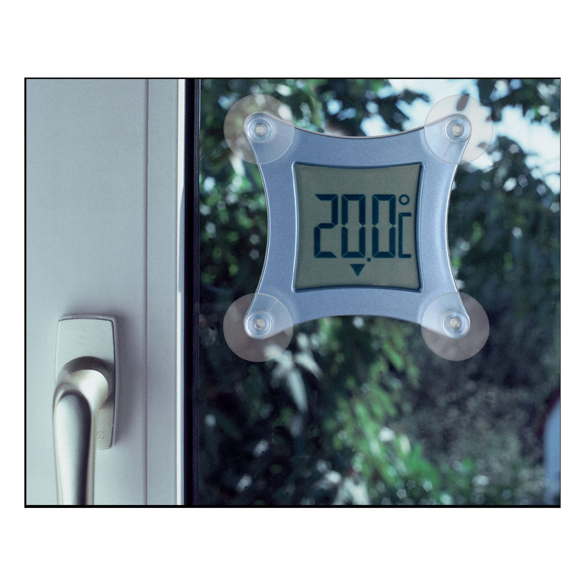 30-1026-digitales-fensterthermometer-pocco-anwendung-1200x1200px.jpg