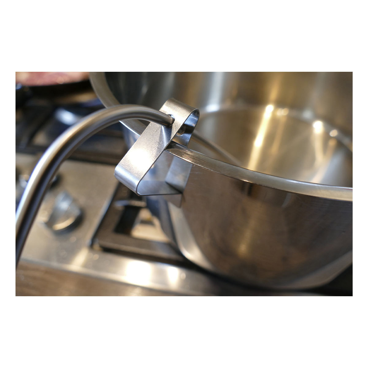 30-3525-60-clips-für-grill-bratenthermometer-anwendung-topf1-1200x1200px.jpg