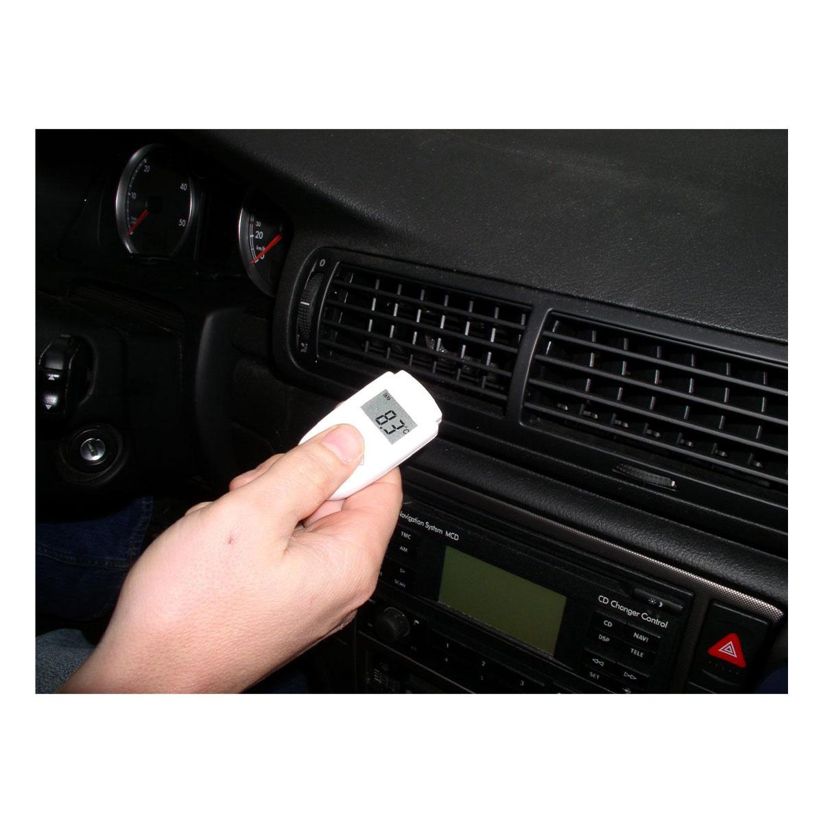 31-1108-infrarot-thermometer-mini-flash-anwendung4-1200x1200px.jpg