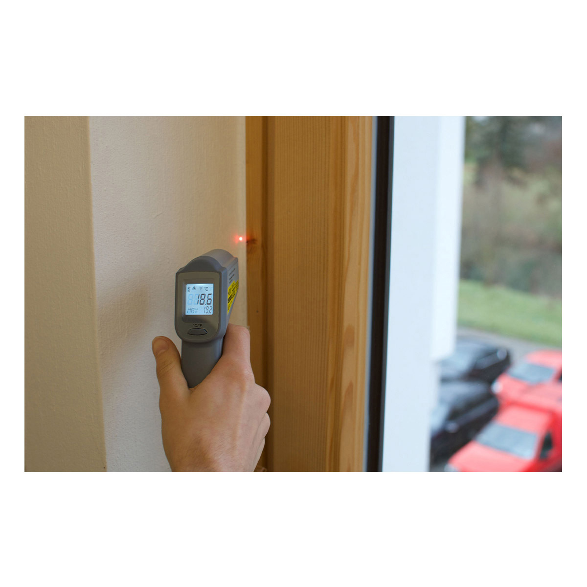 31-1132-infrarot-thermometer-beam-anwendung-1200x1200px.jpg