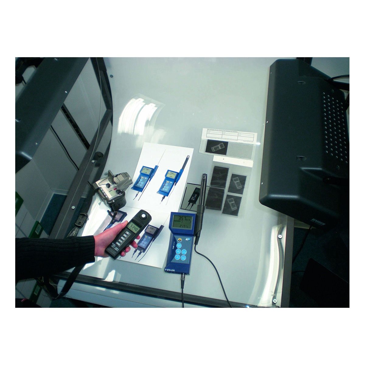31-3000-luxmeter-lm37-anwendung-1200x1200px.jpg