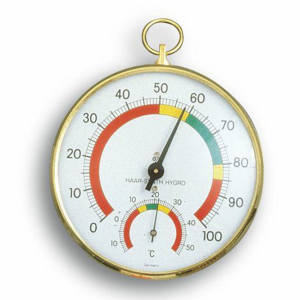 45-2000-analoges-thermo-hygrometer-mit-messingring-1200x1200px.jpg