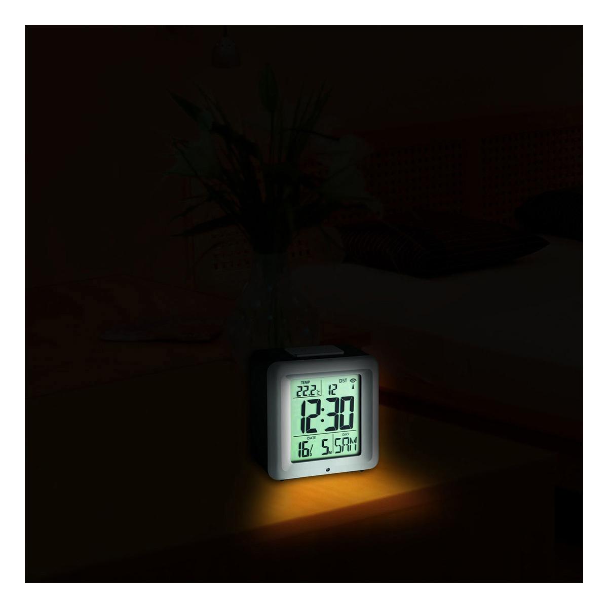 60-2503-digitaler-funk-wecker-mit-temperatur-beleuchtung1-1200x1200px.jpg