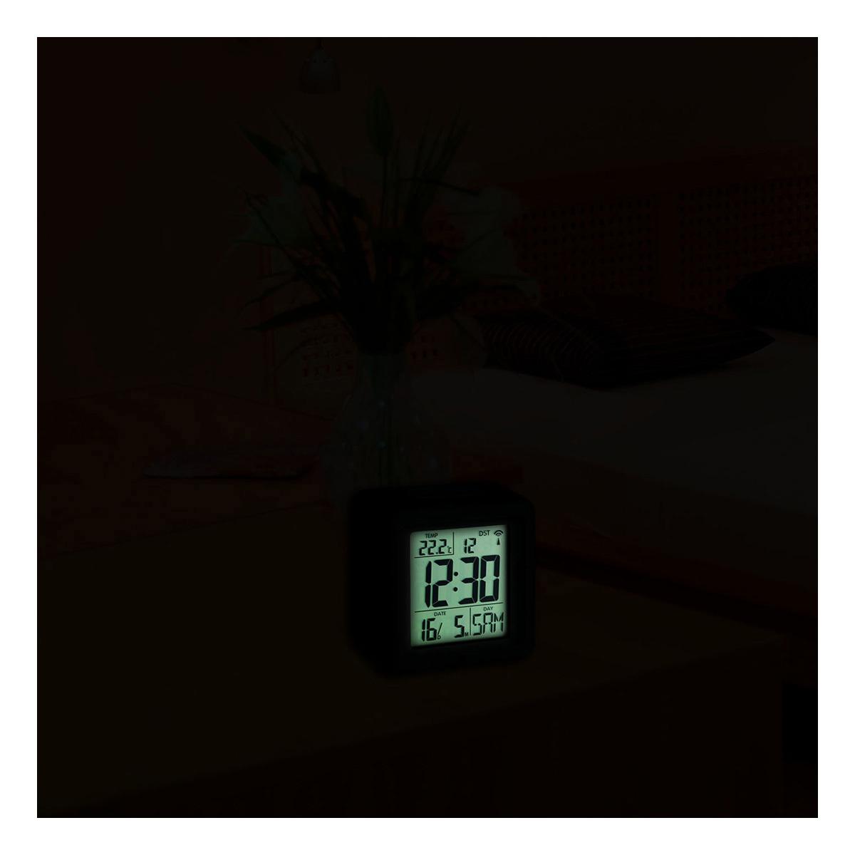 60-2503-digitaler-funk-wecker-mit-temperatur-beleuchtung-1200x1200px.jpg
