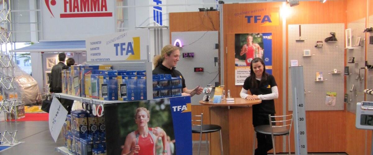 TFA Auszubildende am TFA Stand auf der Expocamp