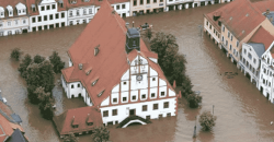TFA spendet für Hochwasseropfer in Grimma Hochwasser 2013 Fotograf Propellermann